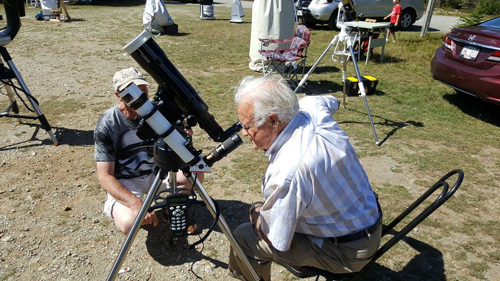 Looking at the Sun through a special telescope during the Fundy 2016 Star Party