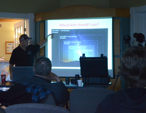 Paul Owen discussing which lens to use at the 4th Free Astronomy Workshop
