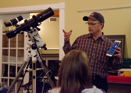 Paul Owen demonstrating using a wifi connection on a telescope mount to control the scope and give you more information about the object you are looking at.