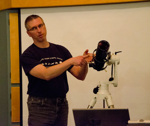 Matt West explaining his refactor scope mounted on an a-z mount.