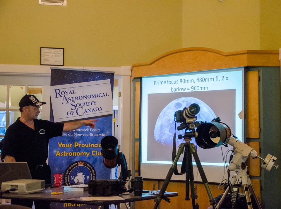 Paul Owen going over Moon photography at the Free Astronomy Workshop # 6