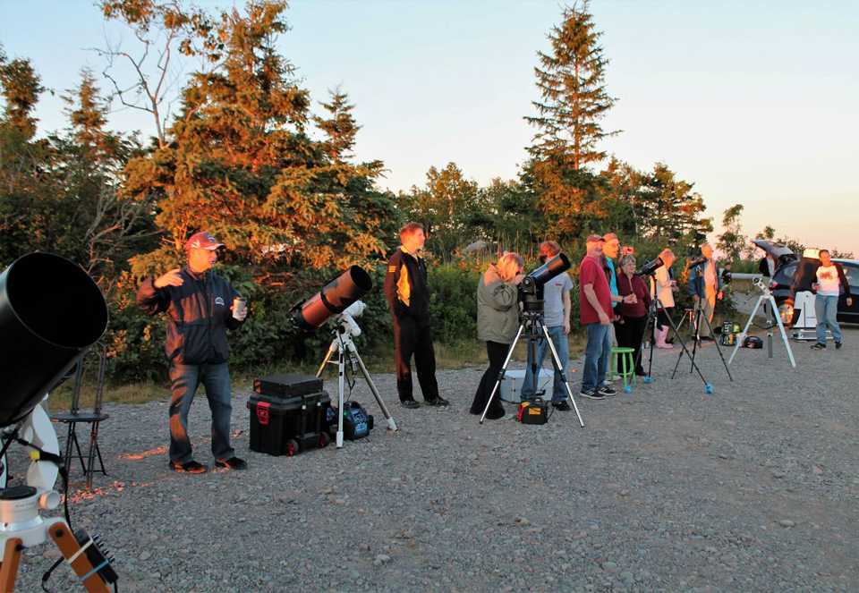 Photo of setting up at the National Star Party celebrated at Irving Nature Park, Saint John, NB.