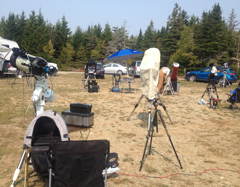 Photo of telescopes set up at the Fundy Park StarGaze 2017