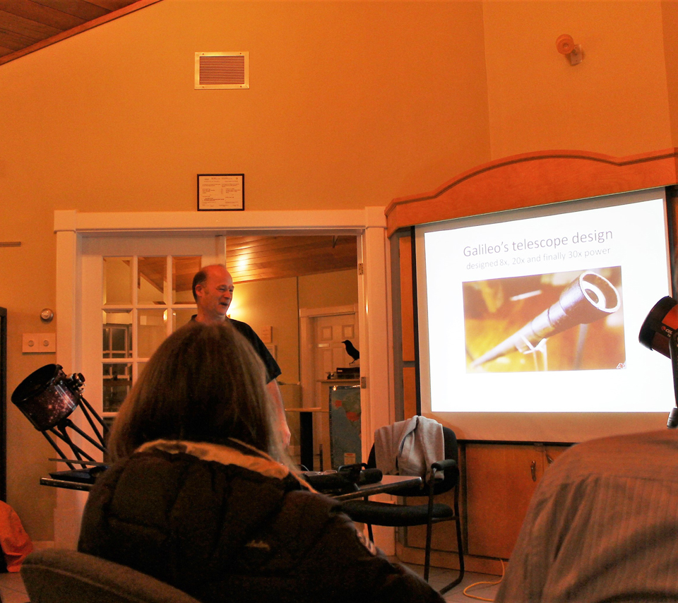 """Photo of Paul Owen at the """"Choosing the Right Equipment"""" session of the """"Photographing the Night Sky"""" course."""