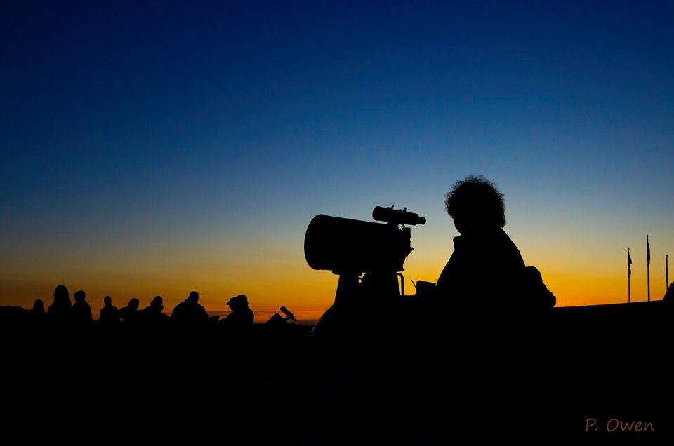Darkness settles in on a group of astronomers from the Saint John Astronomy Club set up at Saints Rest Beach in Saint John, NB. Photo by Paul Owen