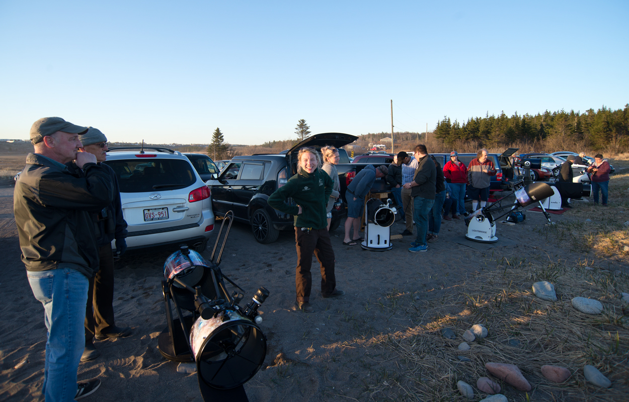 Astronomers from the Saint John Astronomy Club gather at Saints Rest Beach in Saint John, NB, May 2019. Photo by Jim Stewart.