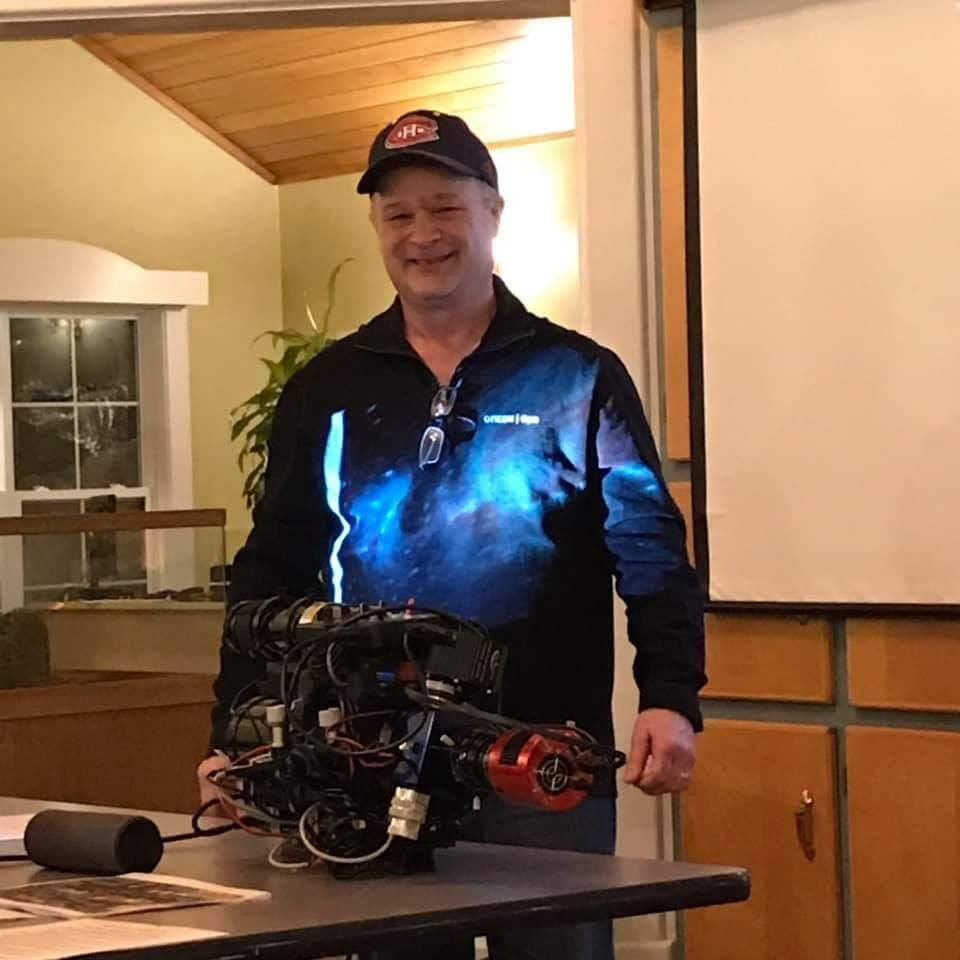 Paul Owen at a SJAC meeting showing his video imaging rig.