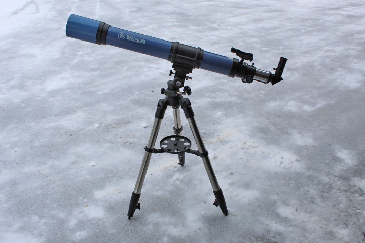 Meade 90mm Refactor Telescope available for borrowing from the Saint John Astronomy Club.